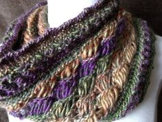 retreat cowl, loomknit, knitting scarves, chic retreat, knit loom