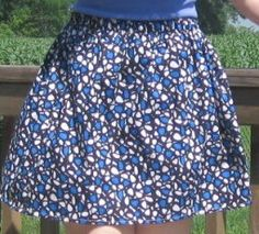 Elastic Waistband Skirt -  Use this free sewing project to make your own clothes! The elastic waistband skirt is comfortable, flattering, and easy to sew.