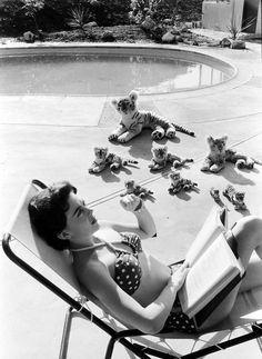 Natalie Wood reads.
