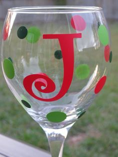 Personalized Christmas Wine Glass - Initials and Polka Dots. DIY?