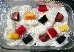 Maiya knits. Mayhem ensues.: Kool Aid Popsicle Dyeing