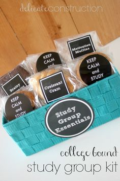 Thanks to Delicate Construction for coming up with this 'sweet' gift idea. What college student wouldn't love to head off to the dorm with this little piece of home. #givebakery #giftsforcollegestudents #collegebound