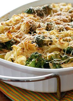 Chicken and Broccoli Noodle Casserole – without the guilt!  Shredded chicken breast and broccoli cooked with noodles in a light creamy sauce topped with toasted breadcrumbs. A simple dish the whole family will love