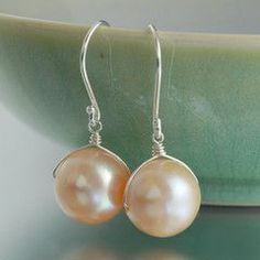 wire wrapped freshwater pearls in blush peach  #handmade #jewelry #earrings #pearl #wire_wrap #DIY #craft #beading