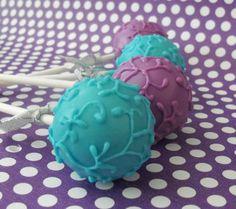 Indian Wedding Inspirations: Purple Wedding Cake Pops. Repinned by #indianweddingsmag IndianWeddingsMag.com