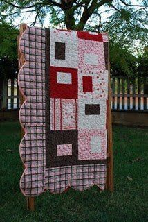 Scalloped Borders #quilt #tutorial by Julie Isa from Tattered Threads and Willing Hands