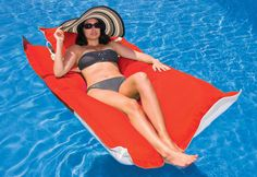 The Floating Lounge works with the gentle waves of the water to bring you the ultimate in floating comfort. After all, the beauty of floating on the water is being caressed by the gentle swells, and the rocking of the waves. With this innovative pool float, you and your body are one with the water – for pure relaxation, combined with luxurious support.