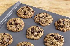 BAKER'S Oatmeal Raisin-Chocolate Chunk Cookies Recipe - Kraft Recipes