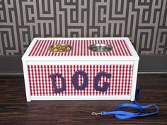 How to Make a Dog-Feeding Station From a Toy Box : Decorating : Home & Garden Television