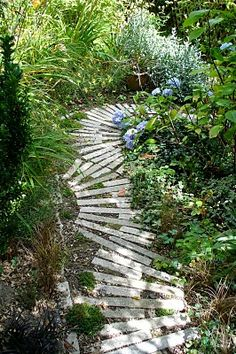 garden path with wood pallets