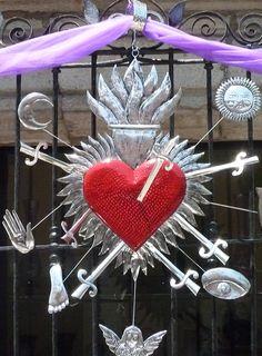 Giant milagro heart decoration for Lent.