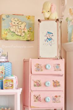 Download Free Vintage Lovelies & Just Decoupage Away !!
