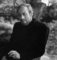 Rex Harrison served as a flight lieutenant in the RAF during World War II.