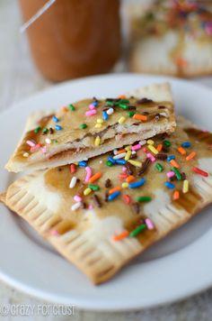 Applesauce Pop-Tarts by crazyforcrust.com   A homemade pop-tart filled with a crockpot applesauce!  #applesauce #crockpot #breakfast