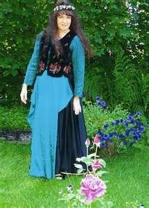 Traditional Irish dress