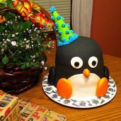 penguin. cake penguin, cake stuff, birthday parties, penguins, 1st birthday cakes, penguin cakes, bday cake, first birthday cakes, happy feet cakes