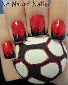 Being a Kentucky fan I would NEVER make my nails red and black, BUT I do like the design