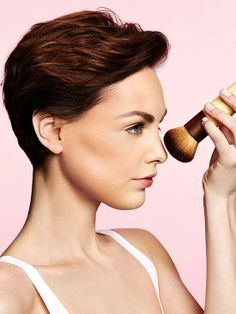 How to apply bronzer so you don't look orange, streaky or fake baked.