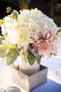 Wedding Dahlias | Centerpieces | Town & Country Studios