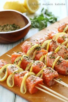 Grilled salmon kabobs with lemon and spices - so good! #freshrecipes