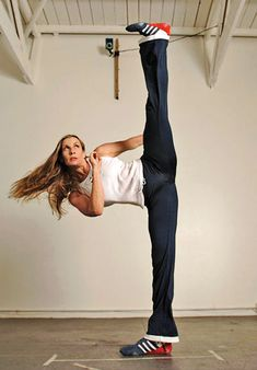 Interview with #Flexibility Expert, Stacey Nemour! Great tips here! www.balletshoesandbobbypins.com flexibl expert, stacey nemour, flexibl train, ballet shoes, expert share