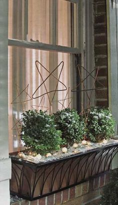 DIY copper wire stars & window boxes