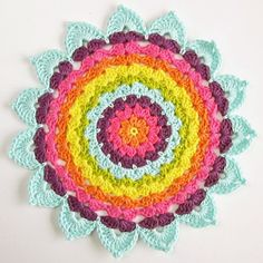 Beautiful colorful #crochet doily work from @colorncream