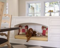great idea for keeping that dog bed from taking up so much floor space - and to give a sense of 'den'....