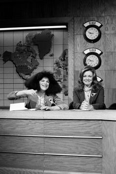 Gilda & Jane rehearsing #SNL