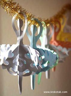 Marvelous - LOVE this ballet inspired snowflake pattern. Add a little glitter for some extra sparkle!   Krokotak snowflake ballerinas paper craft
