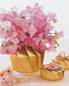 Origami boxes for favours and flowers