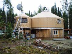 {nomad shelter yurt}