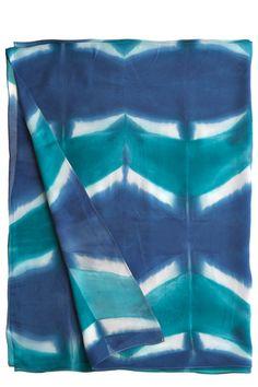 Congo Sarong = E's curtains :)