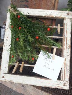 A Spoonful of Crafts: Udendørs efterårsramme til beskeder / Outdoor Autumn Frame for Messages