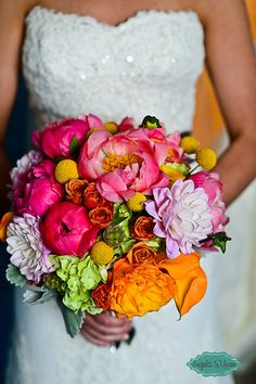 Obsessed with this peony #wedding bouquet! {Design House Weddings and Events}