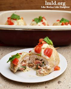 Chicken stuffed with mozzarella, tomatoes, spinach, basil, cream cheese and sausage #lmldfood