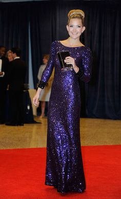 Kate Hudson wears an unusual dress as she walks the red carpet at the 2012 White House Correspondents Dinner.  http://bit.ly/IirFpD  Photo Credit: AP Photo/Kevin Wolf