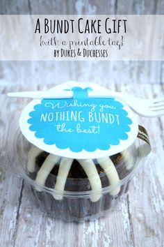 a mini bundt cake gift with a printable tag