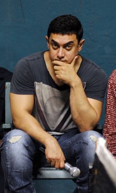 Aamir Khan and his Bhojpuri teacher, inseparable for two years http://toi.in/yHvD1Z