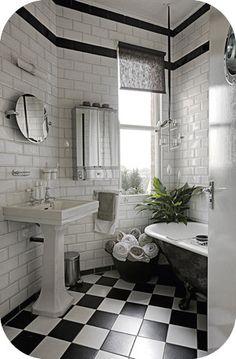 Cute Black and White Bath.