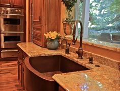 Farmhouse style sink love this...but in stainless steel.  Faucet too.