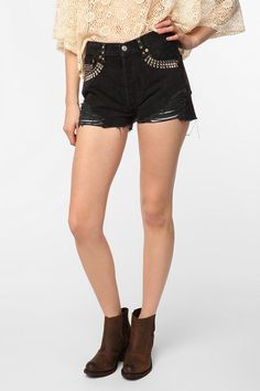 shorts! love studs and the destroyed look