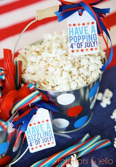 Free printable for the 4th plus cute party idea.