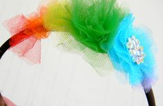 Rainbow Headband using tulle! St. Patty's & Spring around the corner craft. So easy to make for your little gem.