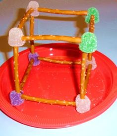 Learning Ideas - Grades K-8: Geometry - Making 3D Shapes with Manipulatives