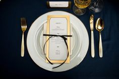 wedding tables, wedding themes, gold weddings, navy place setting, gold place, white gold