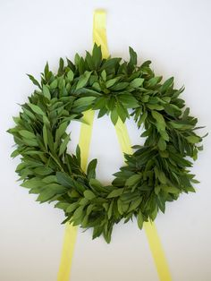 diy: make your own wreath!