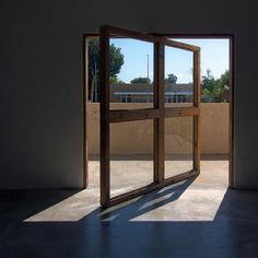 Diseños de Puertas Pivotantes - Muy Interesantes
