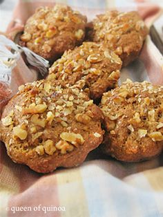 Gluten-Free Banana Bread Muffins | Queen of Quinoa | Gluten-free + Quinoa RecipesQueen of Quinoa | Gluten-free + Quinoa Recipes