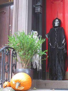 Jim Fairfax's Luxury Problems: Halloween in NY's Greenwich Village.....